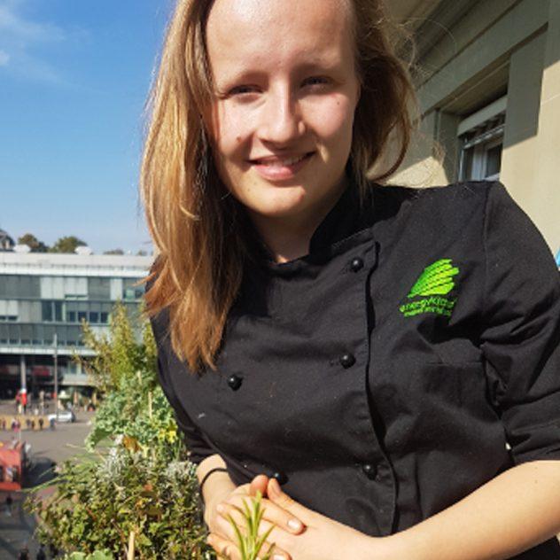 Energy Kitchen Service Mitarbeiterin Corian Trachsel